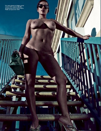 kim-kardashian-nude-love-magazine-00004-1260x821